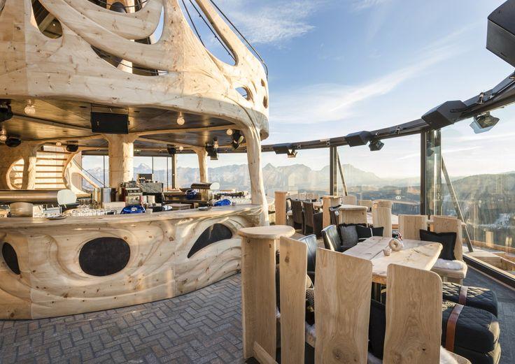 Das mama thresl in Leogang bekommt Zuwachs: Das Designhotel kreierte mit der hendl fischerei bei der Asitz-Bergstation einen neuen Typus Skihütte.
