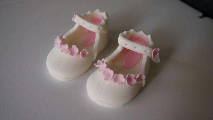 Fondant sandals