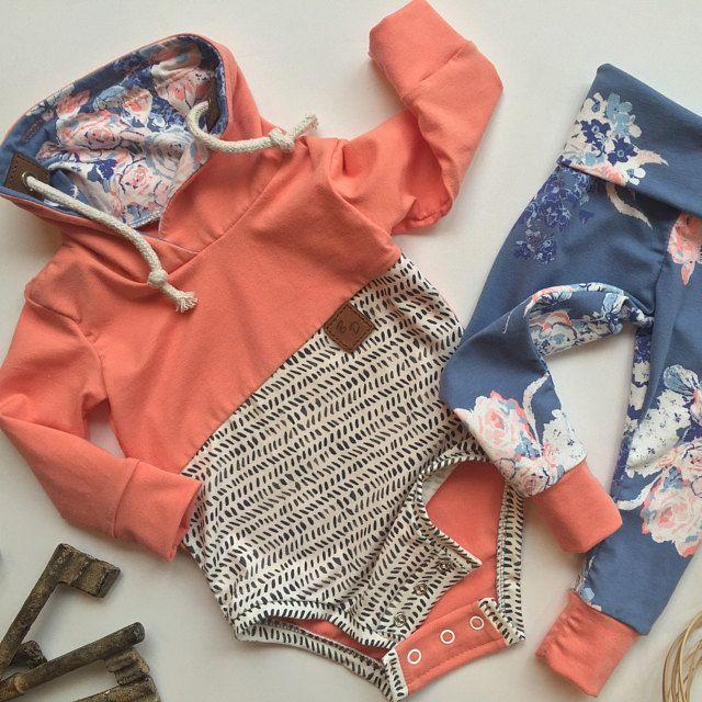 Where clothing tells a story. von BlueDahliasBowtique auf Etsy – Baby nähen