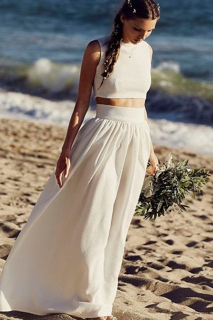 These are the best wedding dress ideas if you're considering getting married on the beach