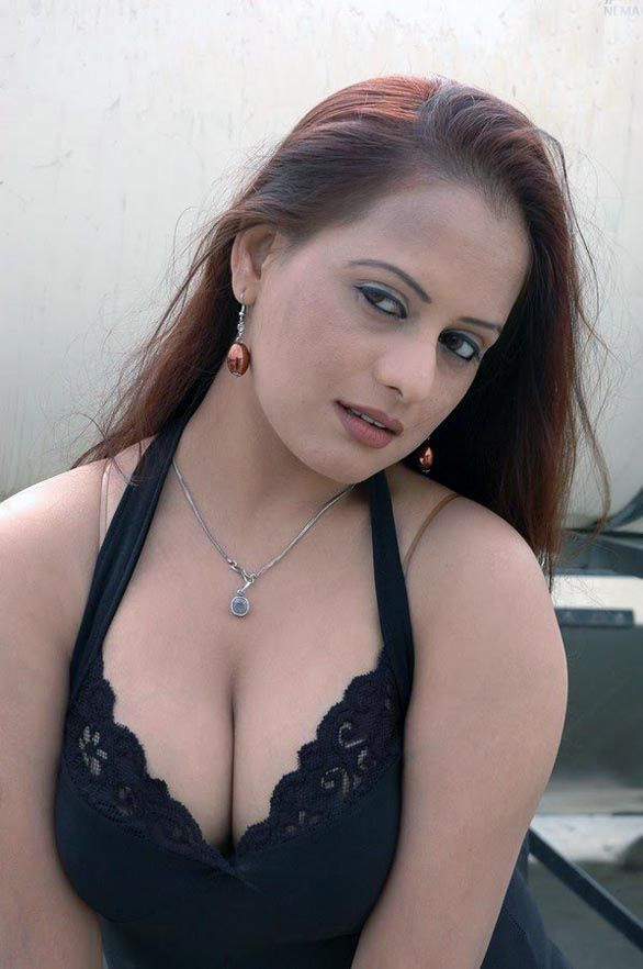 South Indian actress tanisha hot hq picture gallery