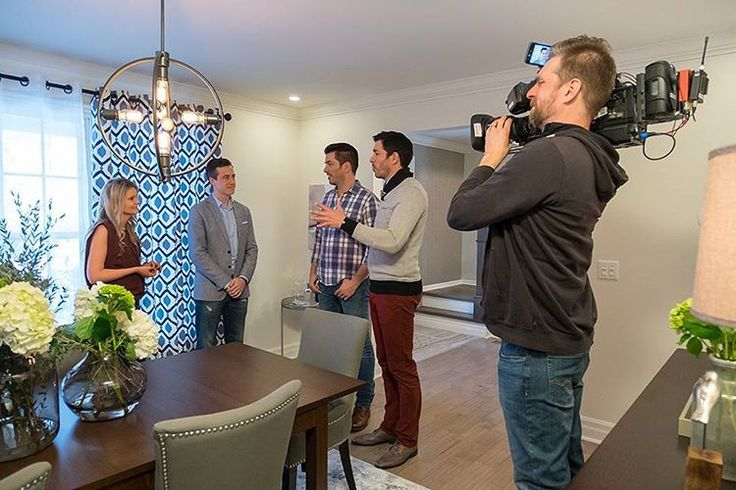 "Property Brothers 🏡🔨 on Instagram: ""Stephanie and Marc are getting frustrated with their house hunt. They've been outbid on a series of properties in the city, so @mrdrewscott & @mrsilverscott try to sell them on a radically different approach.  #PropertyBrothers is all-new at 9 p.m. on @hgtvcanada, and new content from tonight's episode will be available on the free #PBHandbook app at midnight! Follow the link in our bio to download yours."