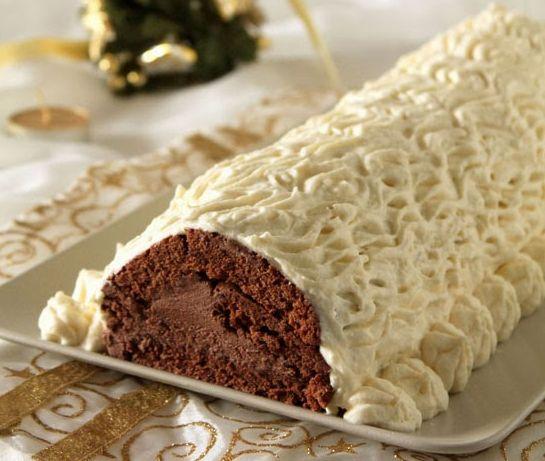Υπέροχος κορμός με σοκολατένια κρέμα κάστανου και επικάλυψη ανάλαφρης κρέμας με λευκή σοκολάτα. Μια συνταγή για ένα υπέροχο γευστικά και οπτικά κορμό για ν