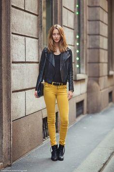 горчичные джинсы - Поиск в Google