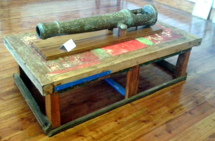 Coffee /Games Table  Cape Agulhas Lighthouse - Sothern Tip of Africa