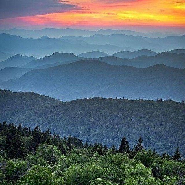 #AppalachianMountains #travel #traveleze #traveling #holiday #holidays