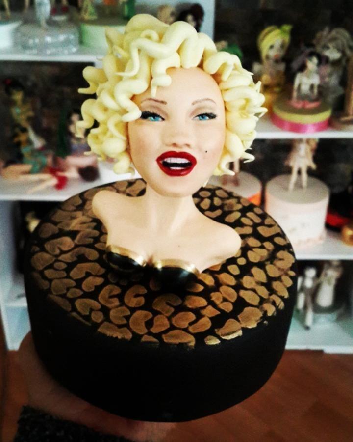 Cake Decorating Bagshot : Marlyn Monroe by tuba firat Cakes & Cake Decorating ...
