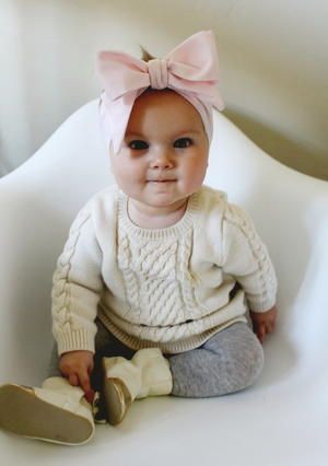 Oversized Bow DIY Baby Headband | AllFreeSewing.com