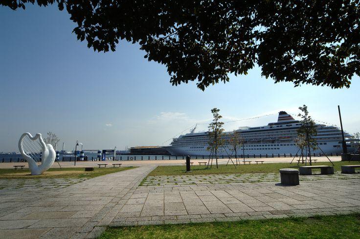 新港中央広場 みなとみらい 海の見える公園 横浜 赤レンガ