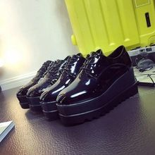 Oxford Femmes chaussures 2016 En Cuir Verni Appartements Bout Rond Casual Chaussures Femme Confortable Creepers Plate-Forme chaussures Z133(China (Mainland))