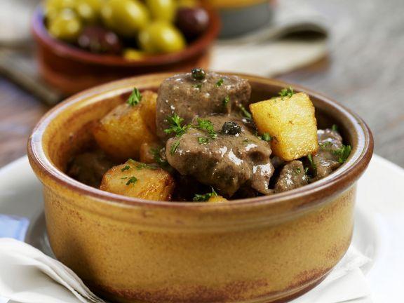 Spanisches Lammragout mit Kartoffeln ist ein Rezept mit frischen Zutaten aus der Kategorie Lamm. Probieren Sie dieses und weitere Rezepte von EAT SMARTER!