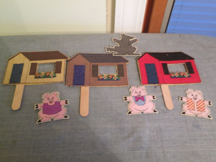 finger puppets to tell the 3 Little pigs story. I made these years ago, don't remember where I got the patterns