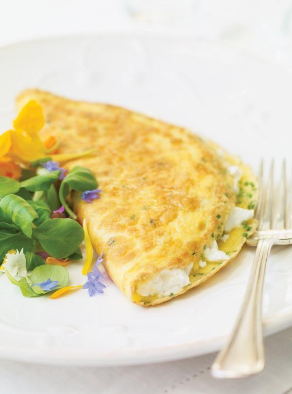 Recette de Ricardo : Omelette au chèvre frais
