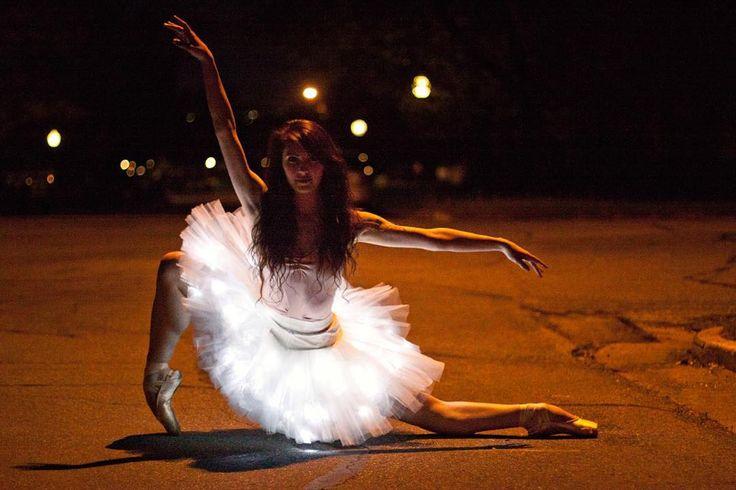 """Dancer - @beckannesisk Location - Salt Lake City, Utah. #balletzaida #beckannesisk #Asteria #saltlakecity #Utah #Tutu #Lights"""