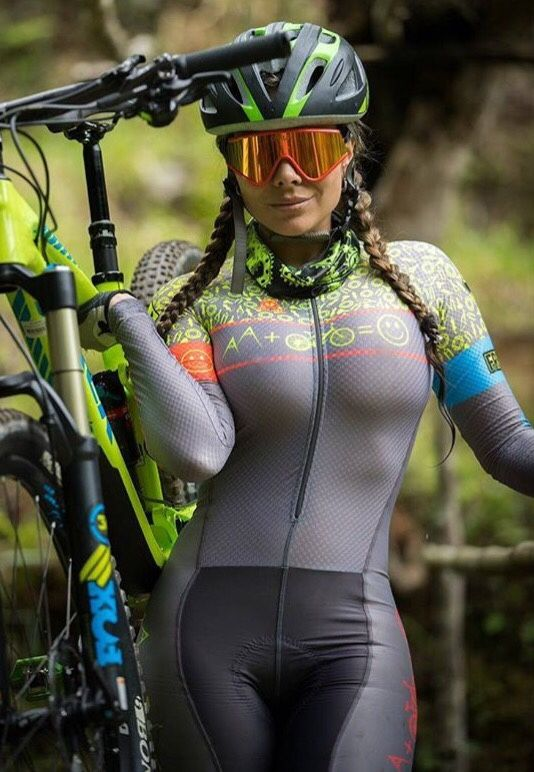 Cycling Chicks