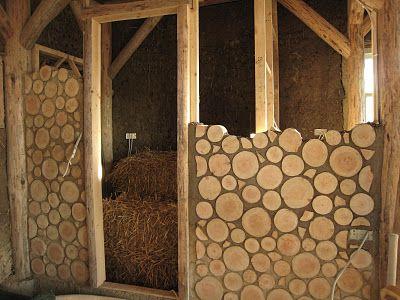 Murs en rondins de bois insolite pinterest d cembre - Code urbanisme mur de soutenement ...