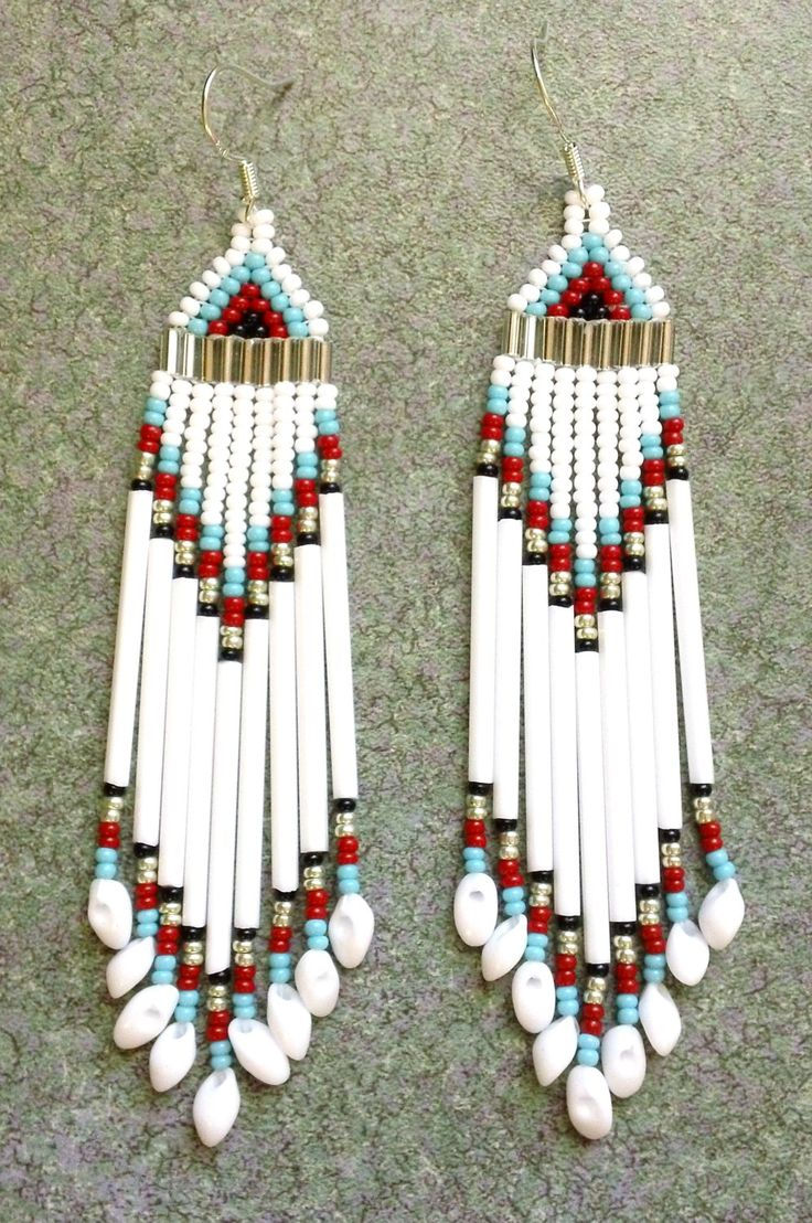 134 best Bead work and antlers images on Pinterest | Bead jewelry ...