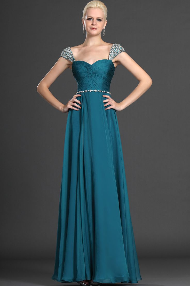70 best Gorgeous Evening Gowns images on Pinterest | Party wear ...
