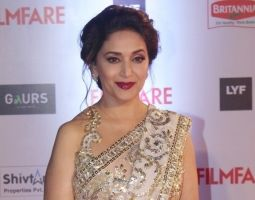 "March 07, 2016 Mumbai, March 7: Bollywood diva Madhuri Dixit Nene thinks that the celebration of Women's Day, which falls on Tuesday, becomes important only when a woman has the privilege to make choices of every aspect of her life. ""To me, the definition of freedom is to have choices. A woman should have the  https://entertainment.desiforce.com/definition-of-freedom-is-to-have-choices-madhuri/"