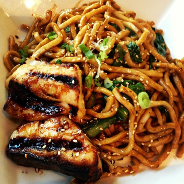 Garlic noodles, Noodles and Garlic on Pinterest
