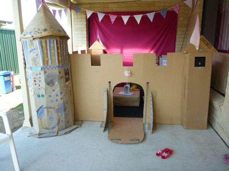 Castelli fai da te per bambini - Lavoretto con scatole di cartone