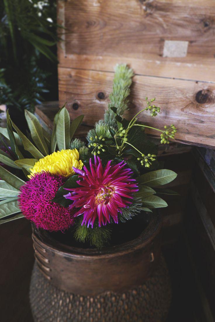 Charlie & Jenko Wedding | Dahlia front and centre | Wedding Florals | Wedding Flowers | Contemporary Flowers | Modern Wedding |