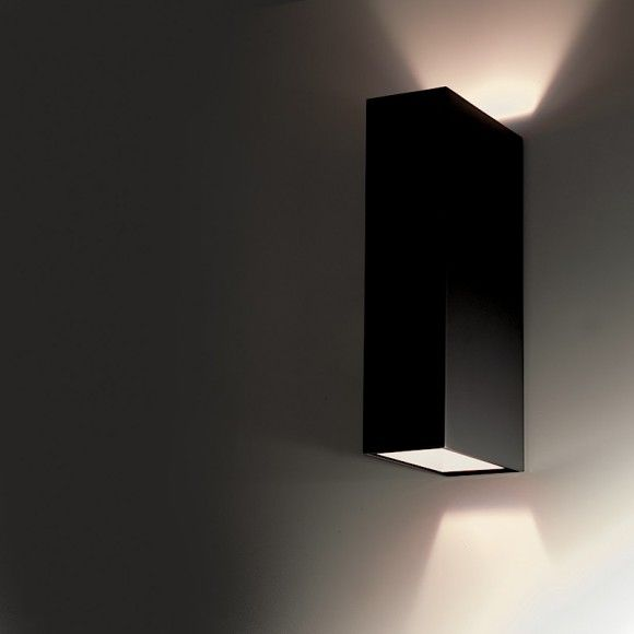 Subtle Lighting With The Lamp CLV2 By Viabizzuno Pour