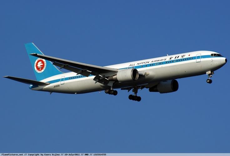 All Nippon Airways - Boeing 767-300 - JA602A - Tokyo Haneda Airport