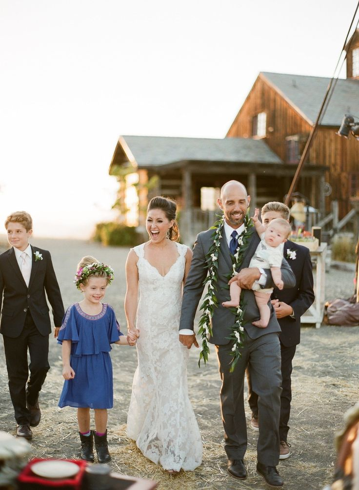 10 Ways To Celebrate Your Blended Family Wedding