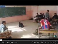 Drift ławką szkolną http://www.smiesznefilmy.net/drift-lawka-szkolna