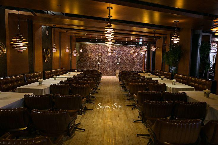 Winnipeg wedding ceremony venue.  Rudy's Eat & Drink inside the Hyrdro Building.