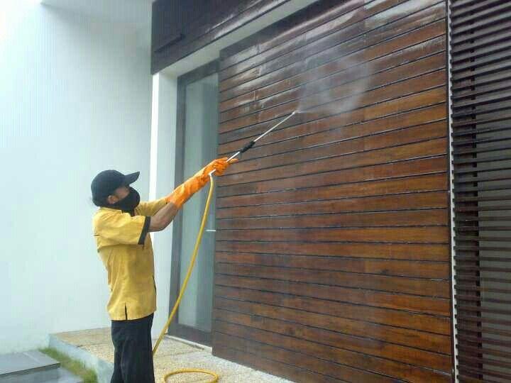 Pekerjaan semprot obat anti rayap pada kayu , --> CV. INCO NUSA ABADI , memiliki ijin Dinas kesehatan DKI Jakarta , memiliki Tenaga ahli Anti Rayap bersertifikat , Kami Berikan Sertifikat Bermaterai Jaminan Anti Rayap selama 3 s/d 5 tahun , Gratis untuk survey ke lokasi anda & konsultasi , Hubungi Telepon : 081807846244, 088808089089, 085692420909 . Terima kasih.