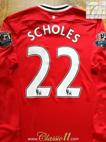 Official Nike Manchester United home long sleeve football shirt from the 2011/12 season. Complete with Scholes #22 on the back of the shirt and Premier League patches on the sleeves.