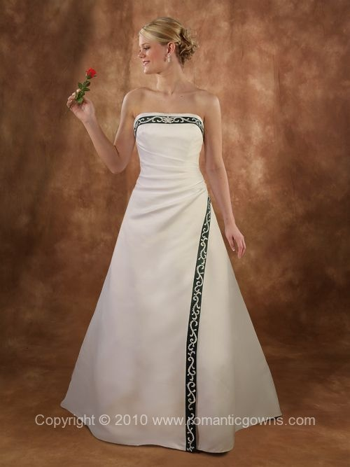 Irish inspired wedding dress, I don't plan on getting married but if I did...