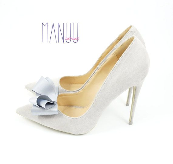 Bridal bows - grey shoe clips Manuu, shoe accessories, shoe bows, bow shoe clips, wedding shoe clips, bridal shoe clips