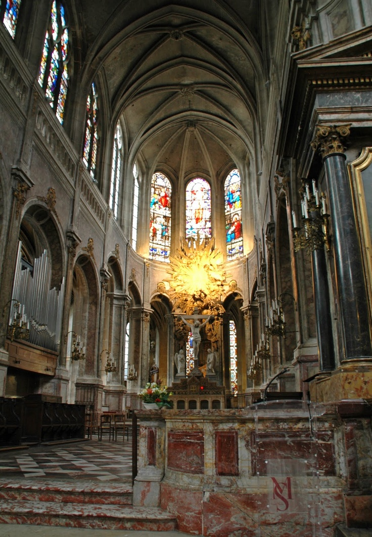 "Église Saint-Merri - Gothic church, Paris - construction began 1500 in ""flamboyant late Gothic style""  Rue Saint Martin, on the Right Bank"