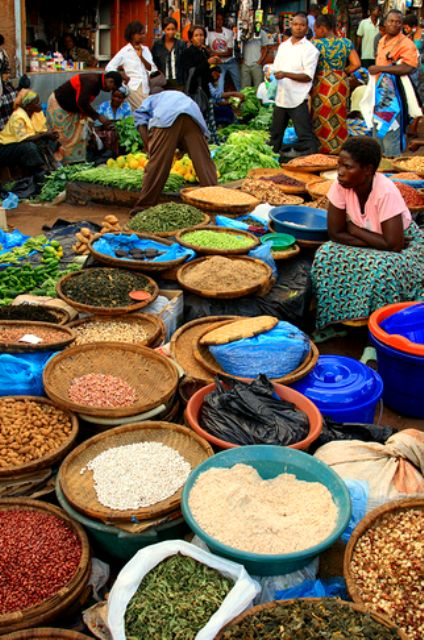 """""""Colorful Malawi, Lilongwe Market""""  Photograph byPhilipp Hamedl SHARE YOUR TRAVEL EXPERIENCE ON www.thetripmill.com! Be a #tripmiller!"""