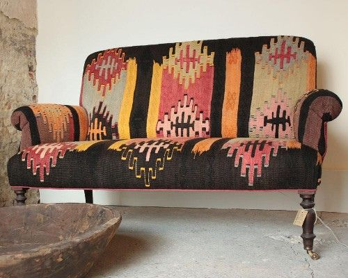I want, want, want this! Kilim sofa.