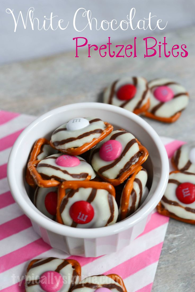 These easy to make white chocolate pretzel bites are the perfect sweet and salty treat! Wrap up a handful for a cute, and yummy, Valentine's Day gift!