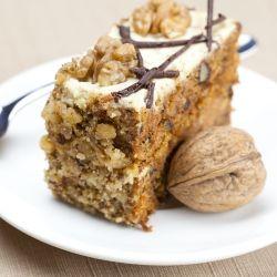 Prăjitură englezească cu nuci şi curmale