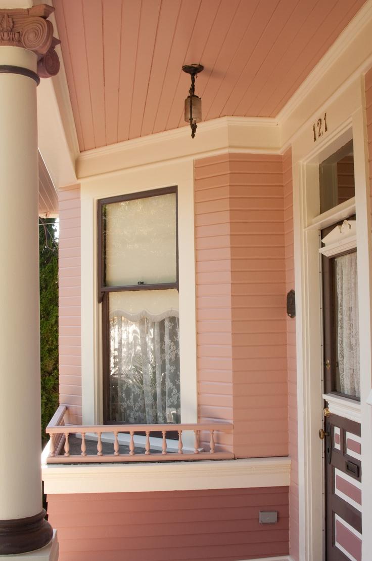 Pink Heritage home, Vintage Details