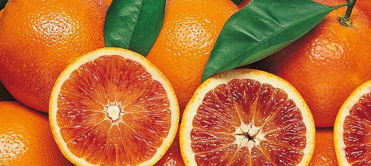 L'arancia rossa mantiene la pelle giovane...