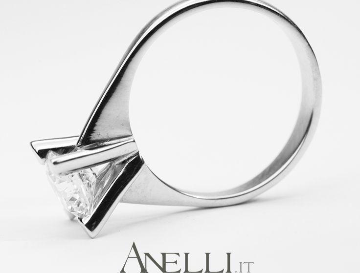 Per chi può permettersi di acquistare un solitario da 1 carato.. http://www.anelli.it/it/anelli-solitario/solitario-con-diamante-da-un-carato.html