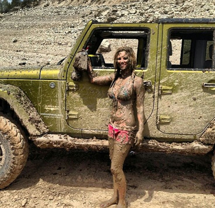 dirty jeep girls doing