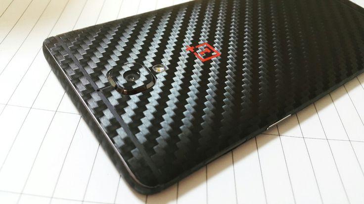 http   0728428428 / www.24gsm.ro  Folii Design Skin material 3M  Aplicarea Gratuită în București  Se livrează și în țară.