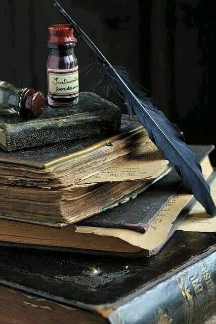 #toyoufromme  सुनो -  तुम  भी कभी लिखना   खुद को  शब्दों  में  जैसे  मै  लिखता हूँ  तुम्हें..!  तब तुम  अहसास  कर  पाओगी खुद को मुझमे..!  #toyoufromme