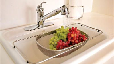 3 Simple Homemade Fruit   Veggie Washes  https://www.rodalesorganiclife.com/food/veggie-wash