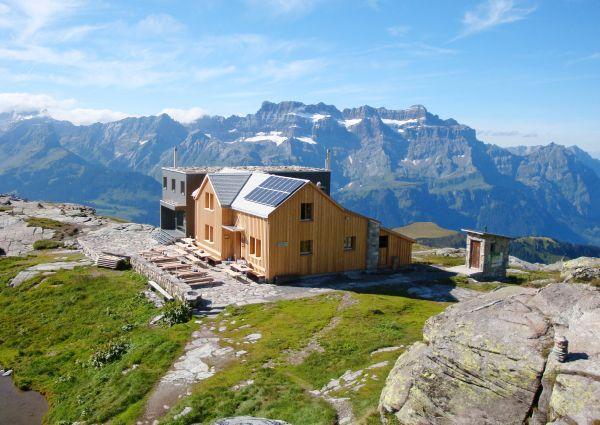 Leglerhütte SAC near Mettmenalp