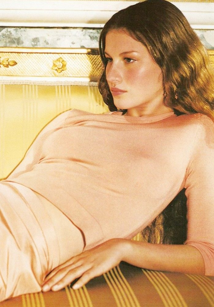 Gisele Bundchen photographed by Mario Testino for Vogue, December 1998