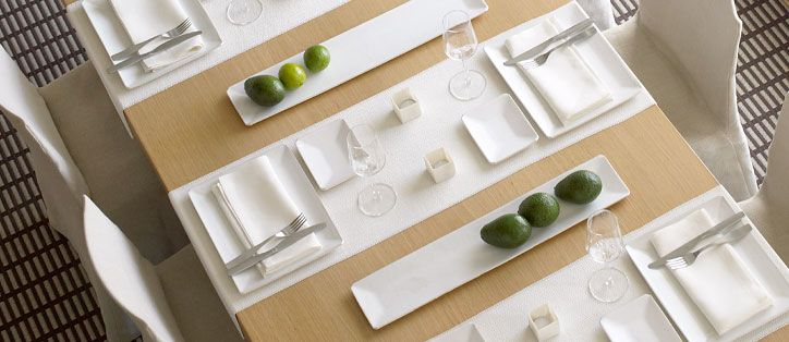 simple contemporary table/place setting using white - Table Runners, Design: Ritva Puotila